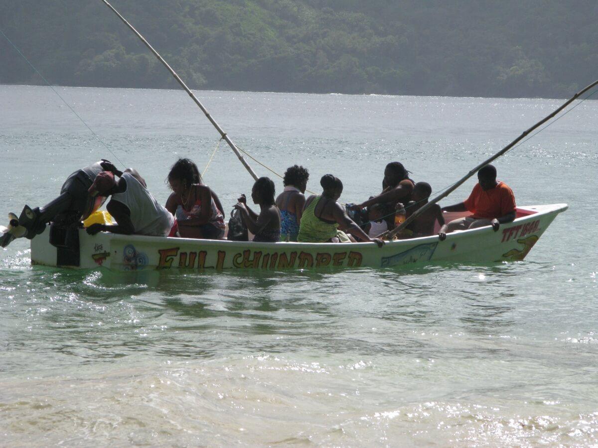 rodzinka na łódce