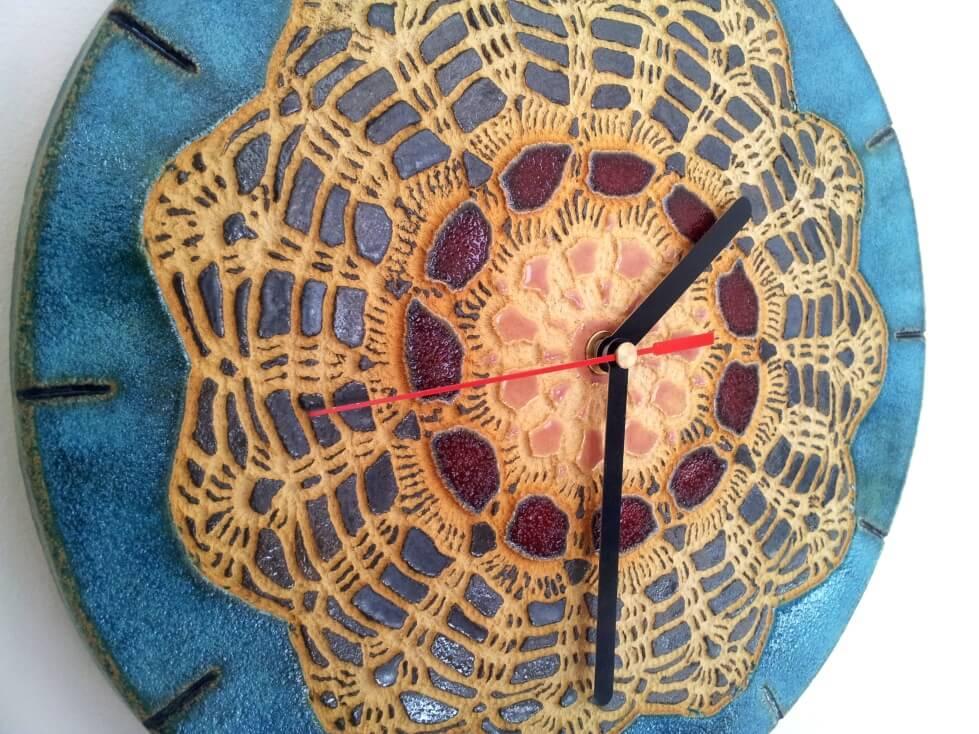 ciekawy folkowy zegar