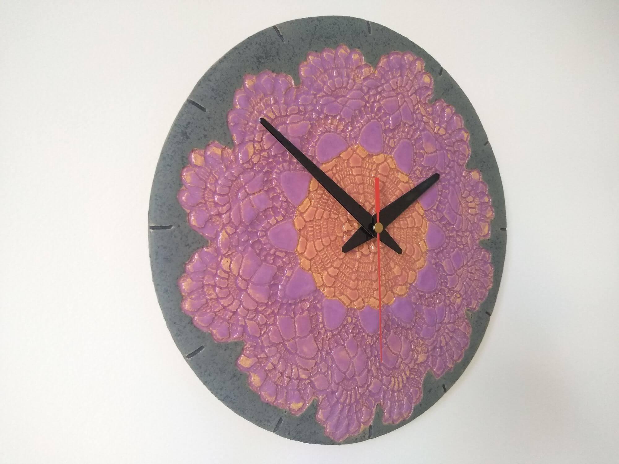 ceramiczny-zegar-fioletowa-koronka-eweolo