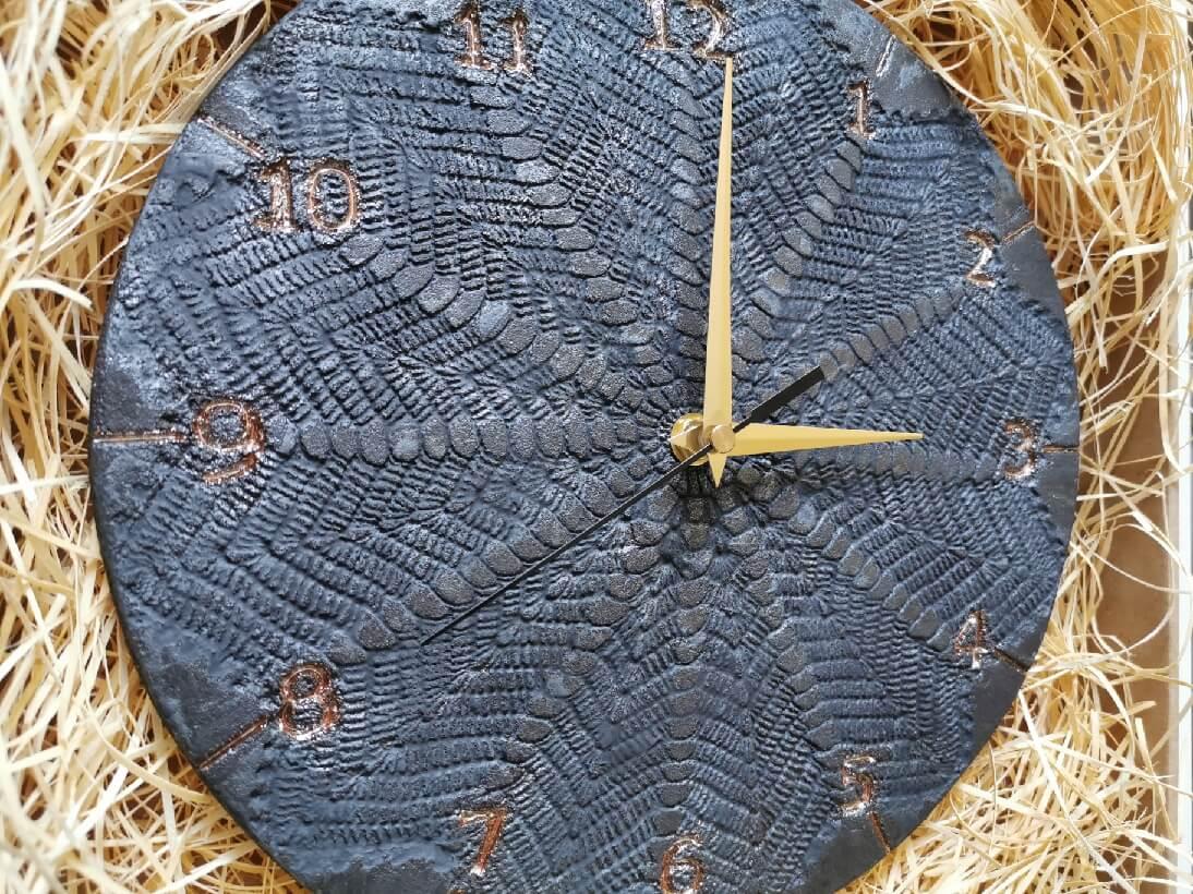 Czarny Zegar Ścienny ceramika