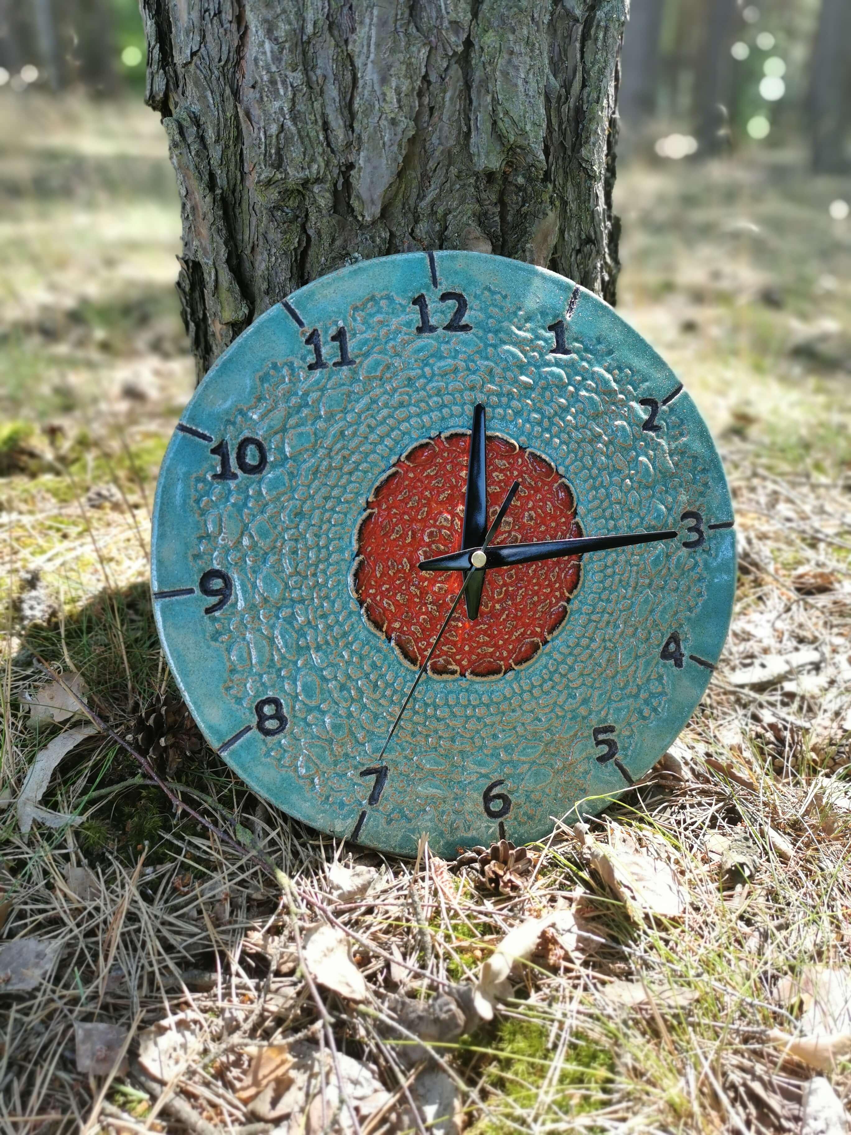niebieski zegar ścienny eweolo ludowy